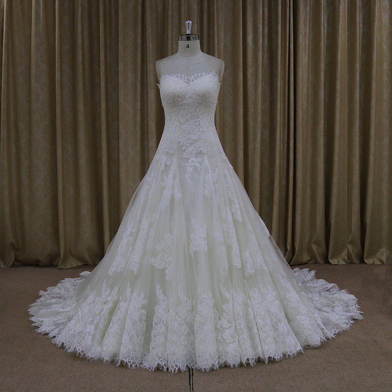 Empire maternity ivory strapless lace up vintage bridal for Vintage maternity wedding dresses