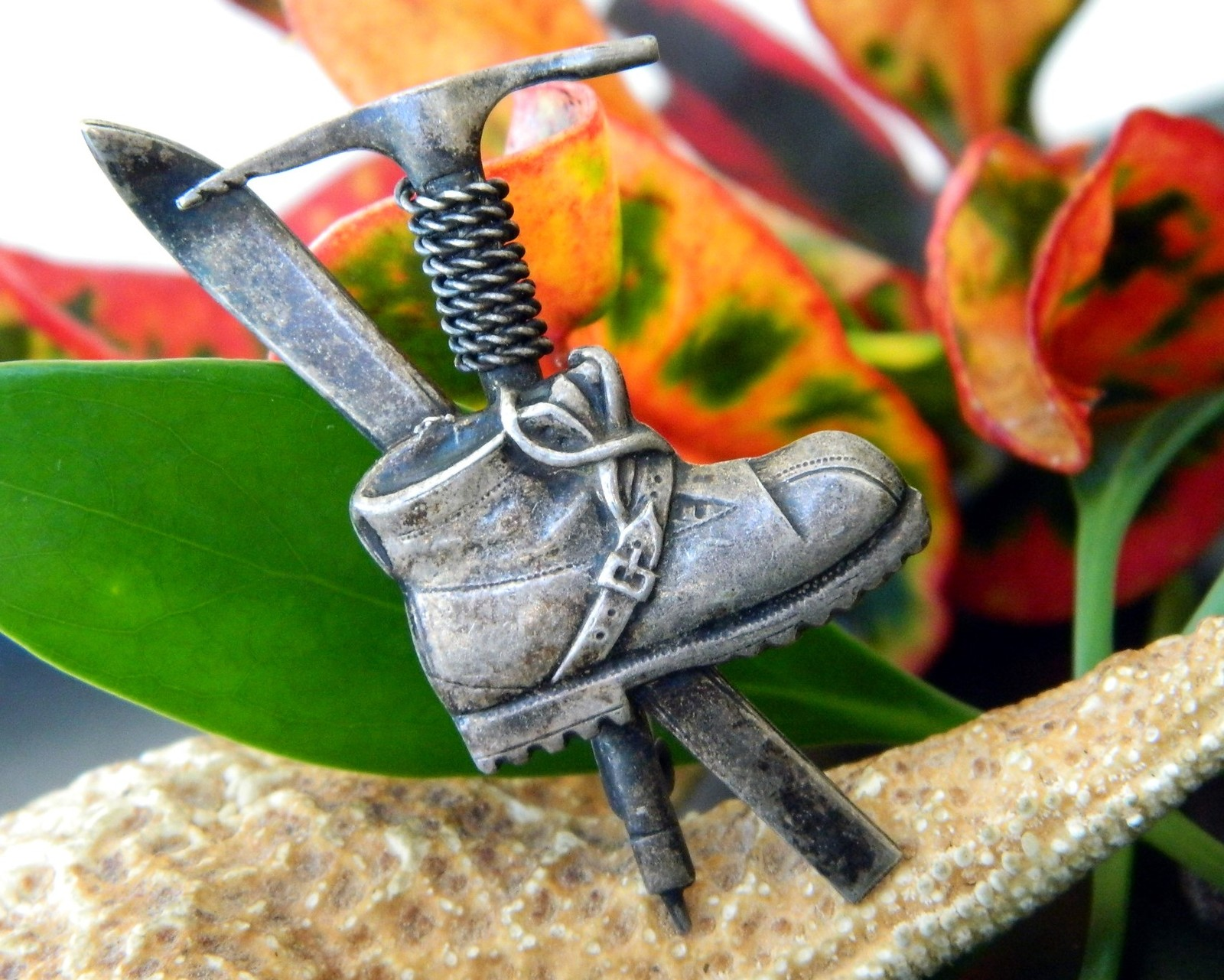 Vintage Hiking Alpine Mountain Climber Brooch Pin Boot