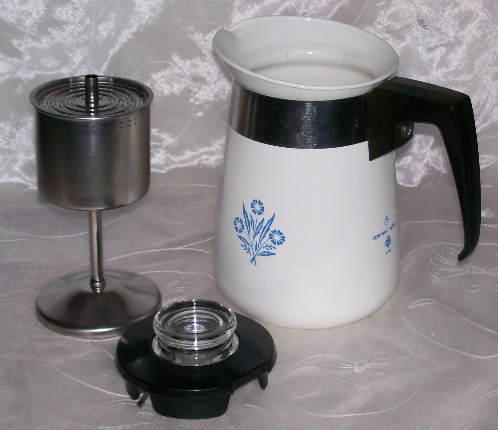 Vintage Corning Blue Cornflower Stove Top 4 Cup Coffee Pot
