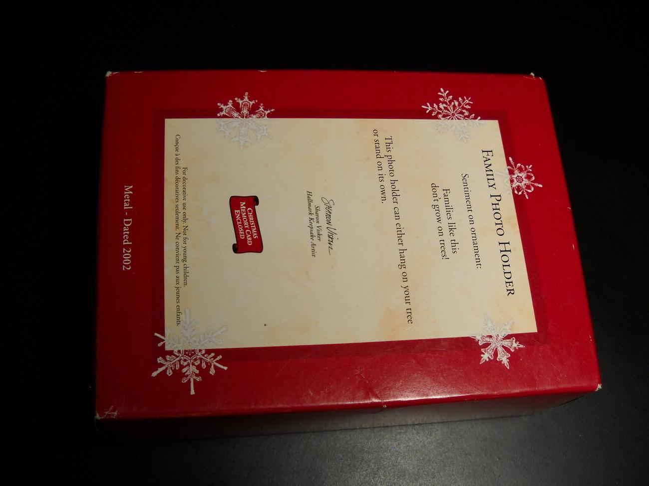 Hallmark Keepsake Christmas Ornament 2002 Family Photo Holder Box