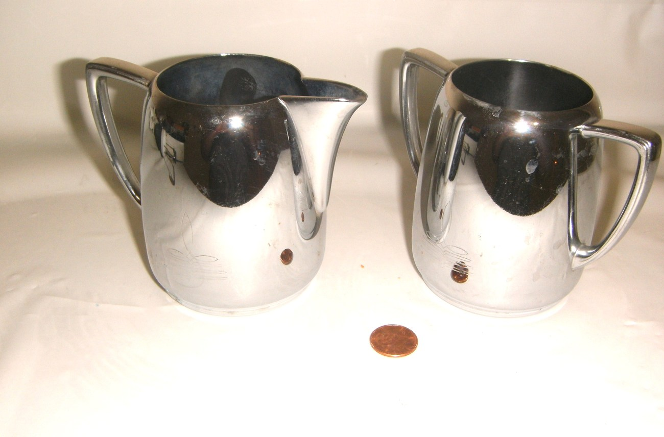 International Silver Company Universal Cream and Sugar Set No. 8905