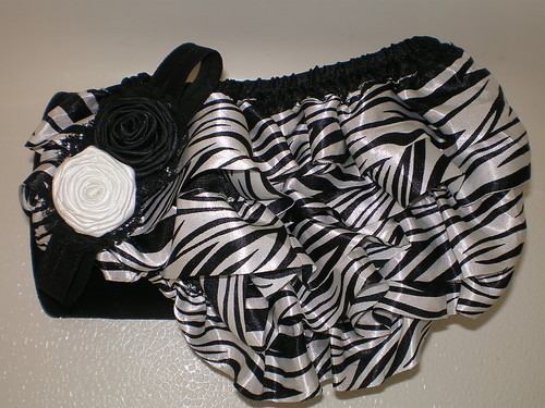 BABY GIRL ZEBRA PRINT BLOOMERS WITH MATCHING HEADBAND PHOTO PROP