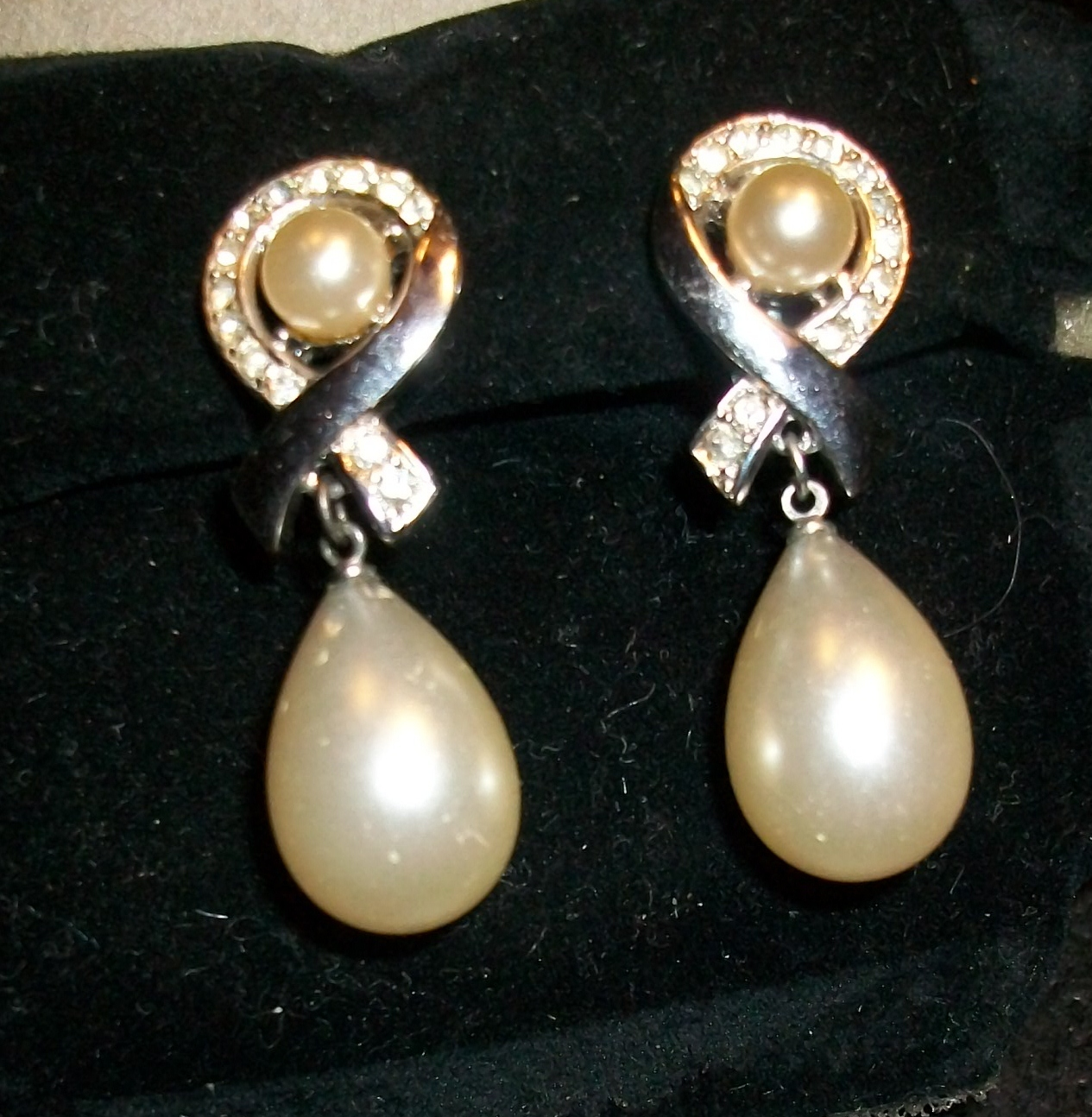 Vintage Trifari Faux Pearl and Rhinestone Drop Earrings - Clip-on