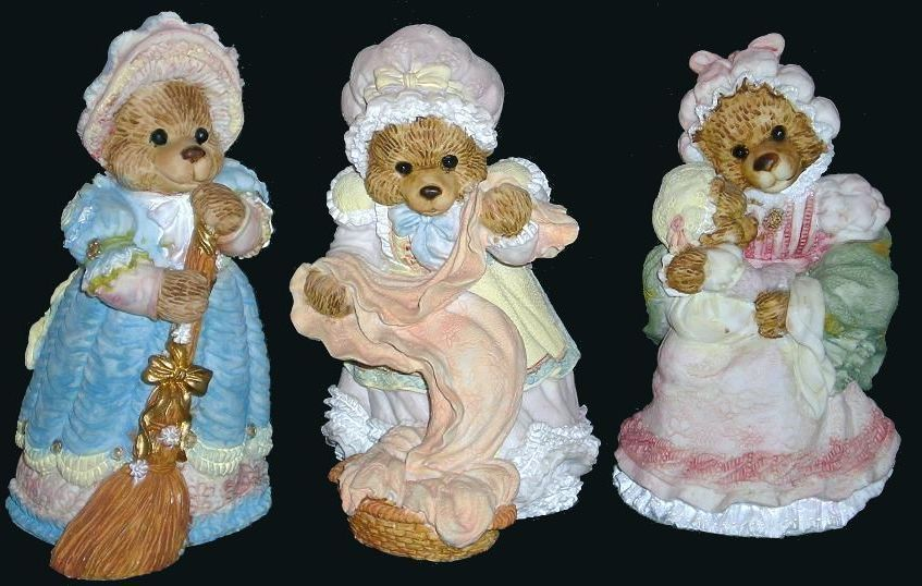 Busy Day Victorian Style Figurine Bears, QVC 1992