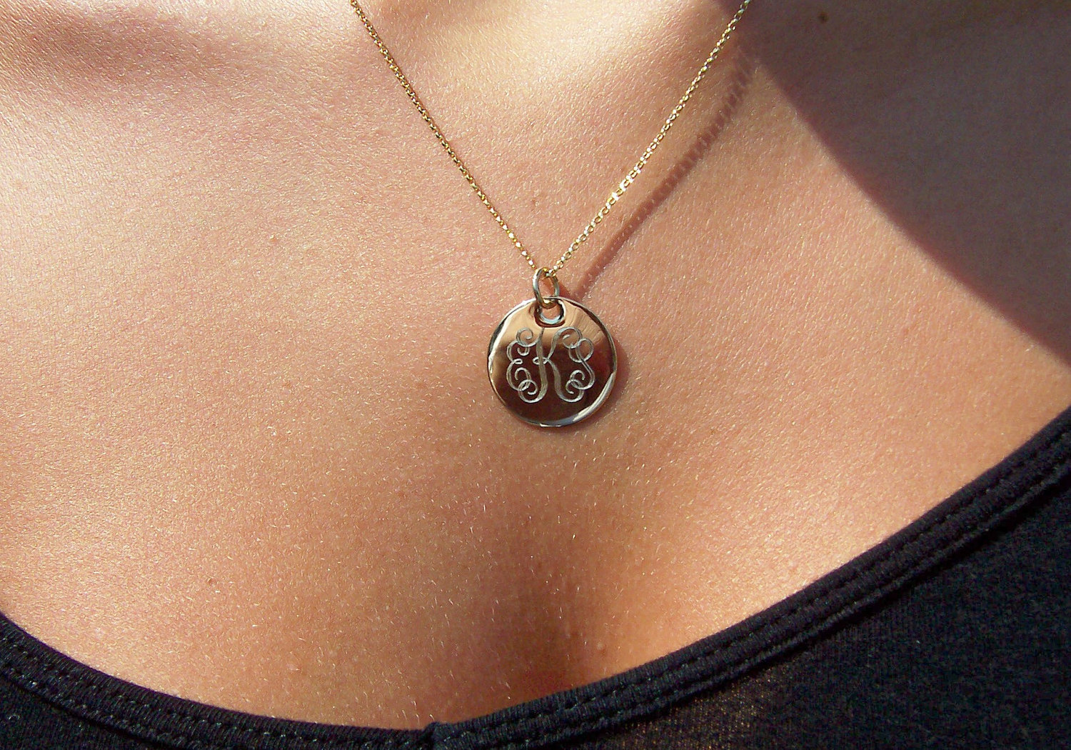 14K Solid Gold Engraved Personalized Monogram Necklace ...