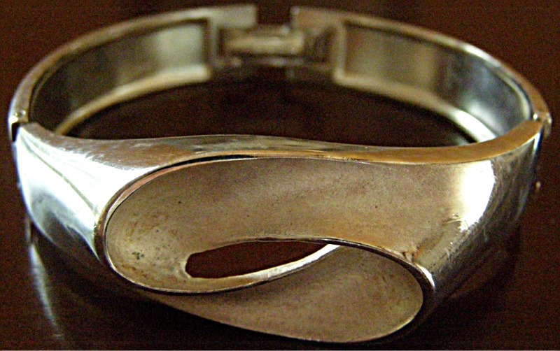 Bracelet Silver Bangle massive Elegant European signed polished sanded Design