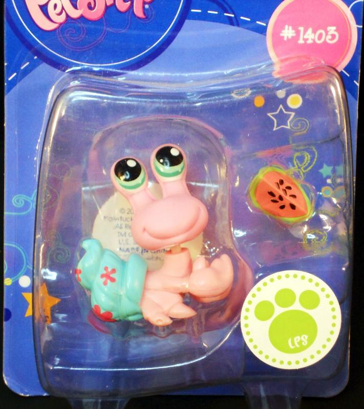 Image 4 of Littlest Pet Shop Hermit Crab with blue shell 1403 watermelon slice