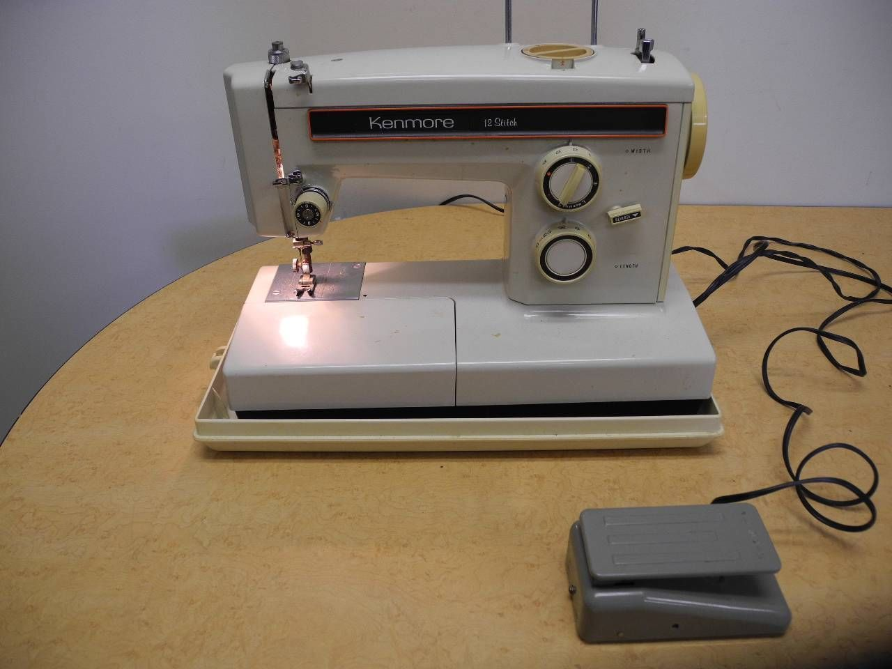 kenmore 12 stitch sewing machine model 158
