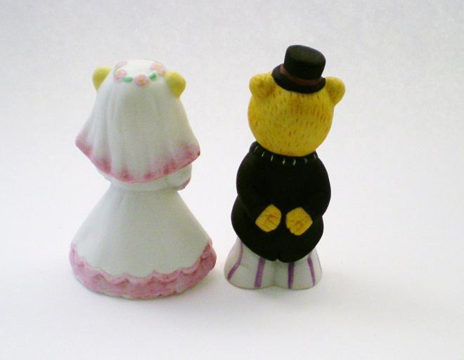 Image 1 of Bronson Figurine Bears Bride & Groom by Katharine Stevenson