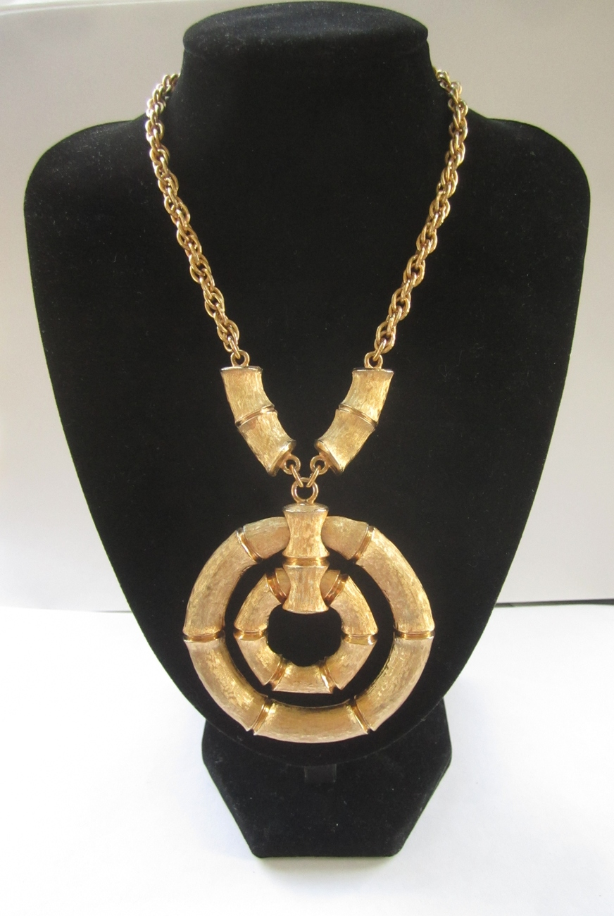 Napier Brushed Gold Tone Bamboo Ad Piece Runway / Statement Necklace c. 1970s
