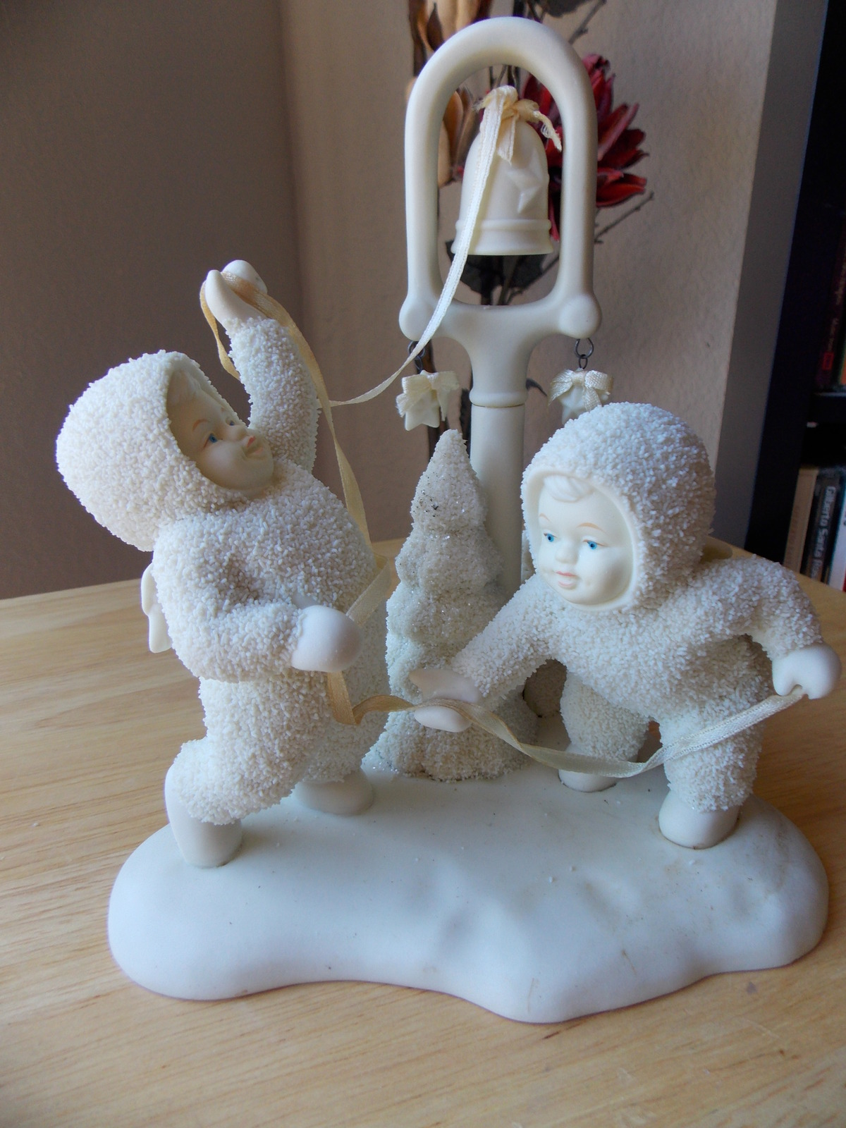 "Dept. 56 1995 Snowbabies Retired ""Ring The Bells…It's"