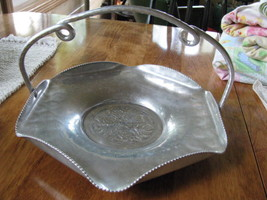 Vintage_handle_tray_1_thumb200