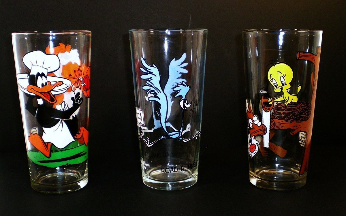 Image 0 of Pepsi Collector Series Warner Brothers Glasses 3 tumblers 1973 1976