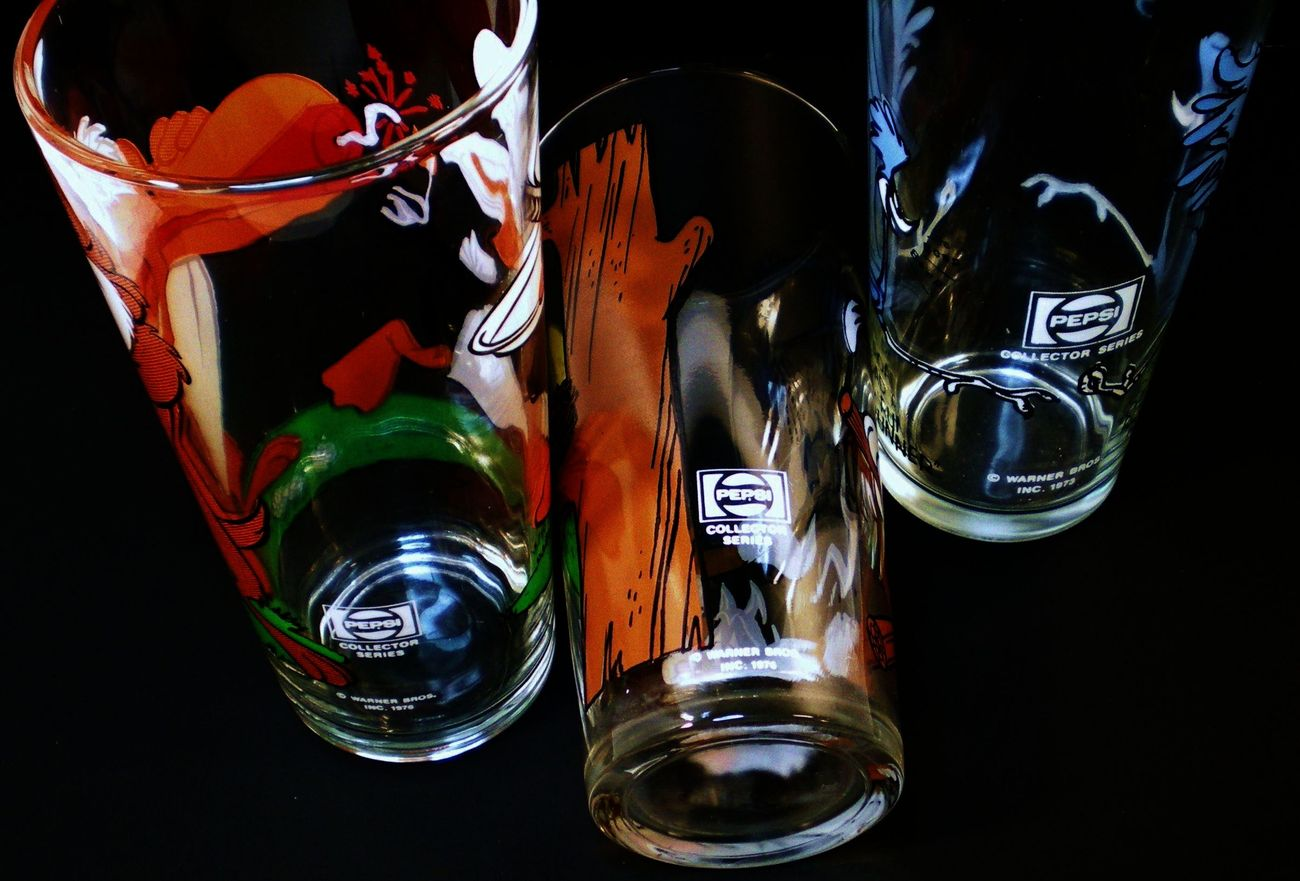 Image 3 of Pepsi Collector Series Warner Brothers Glasses 3 tumblers 1973 1976