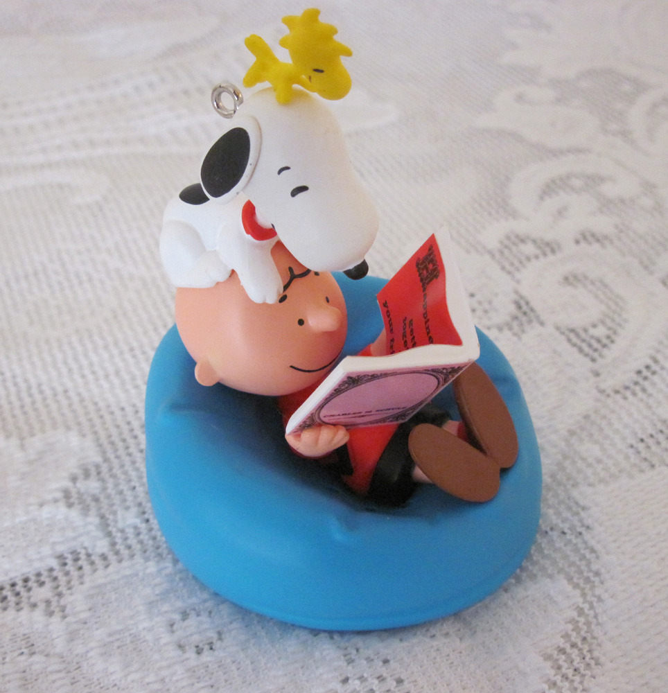 2011 Happiness Is ... The Peanuts Gang Christmas Ornament