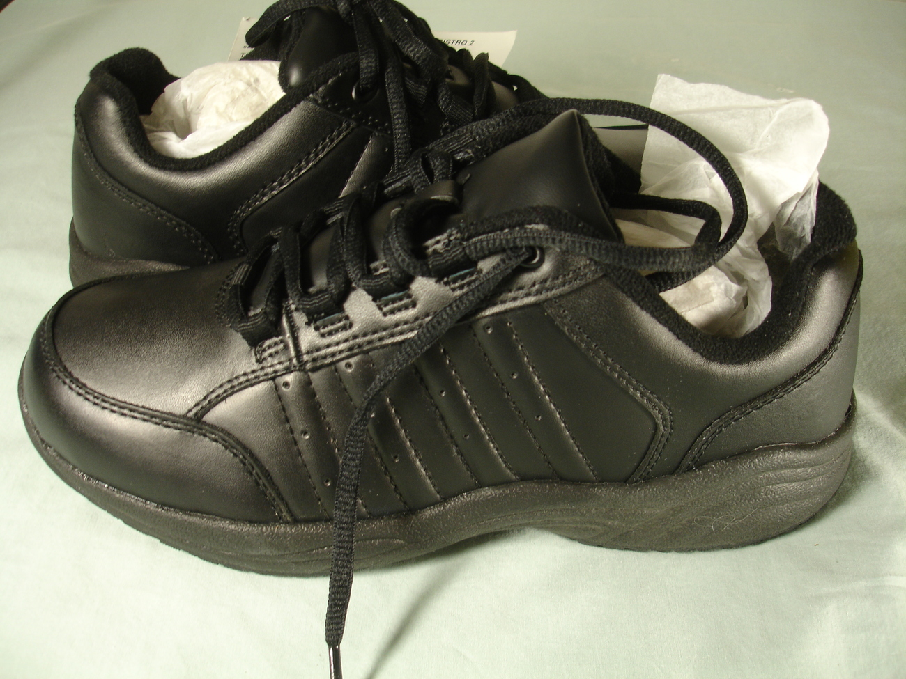 tredsafe s slip resistant footwear black nib size