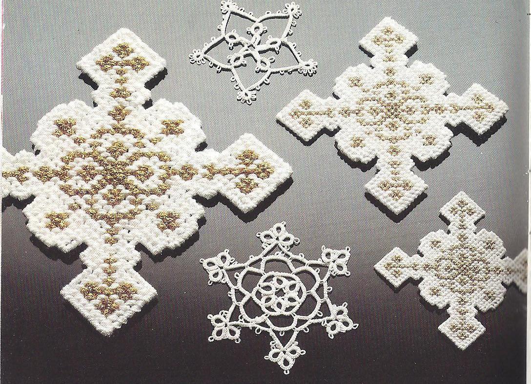 3 sizes snowflakes plastic canvas pattern   plastic