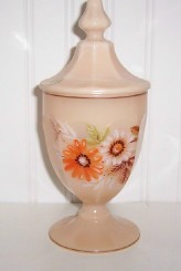 Westmoreland Almond Glass & Daisy Flowers Candy Jar w /Orig Sticker
