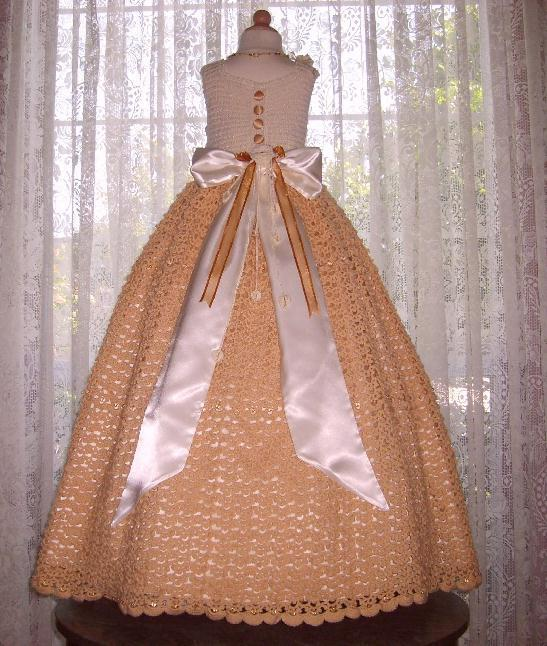 Crochet Pattern For Flower Girl Dress : Click picture to enlarge