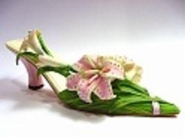 Lavish_lilies-bc_thumb200
