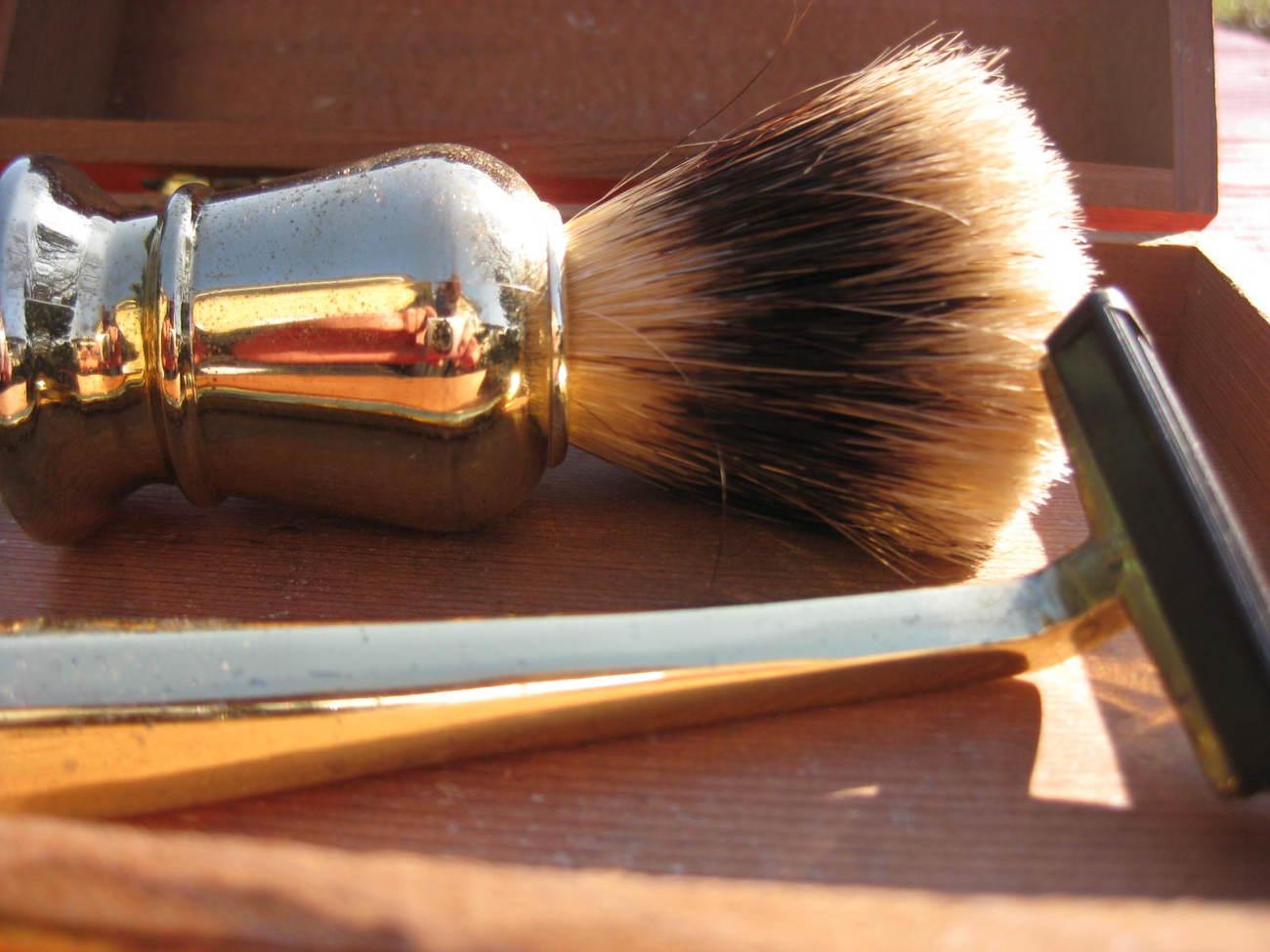 Old Fashioned Shaving Kit Nz