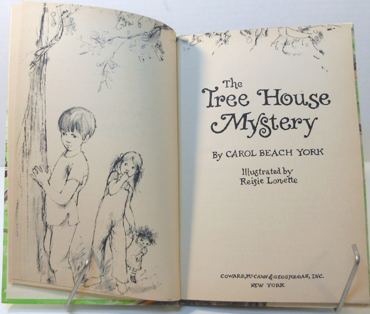 '.The Tree House Mystery 1973.'