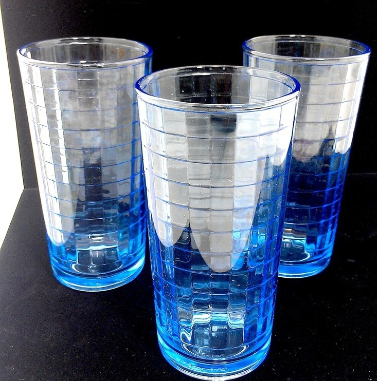 Blue vintage Pasabahce glass tumbler trio, square pattern, iridescent