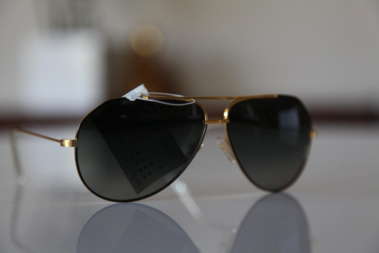 Aviator Sunglasses Gold Frame Black Lens : Polaroid Vintage Aviator Sunglasses Gold Frame / Black ...