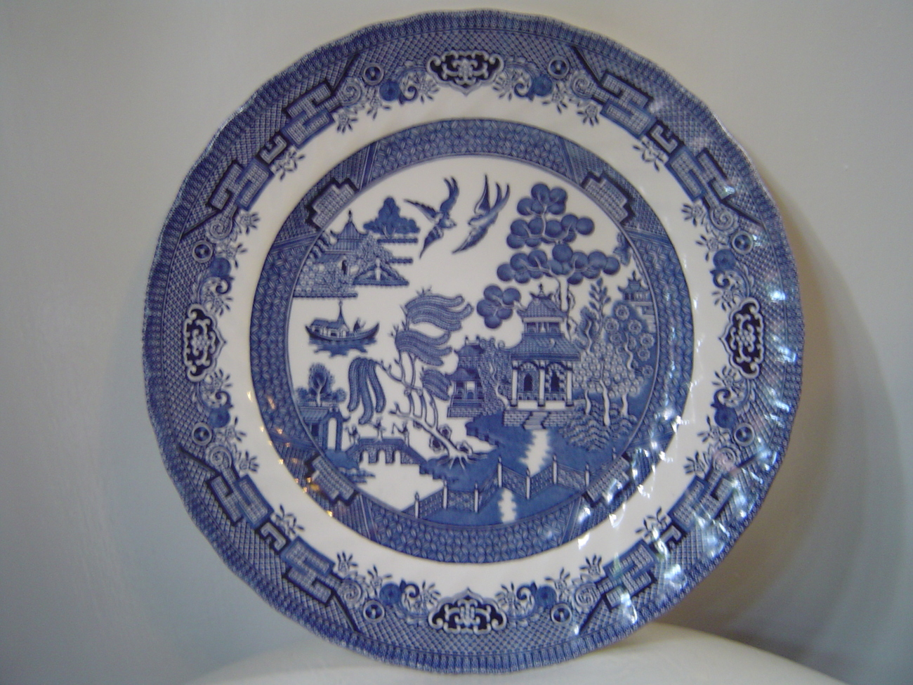 Royal Wessex Blue Willow Plate England Blue Willow
