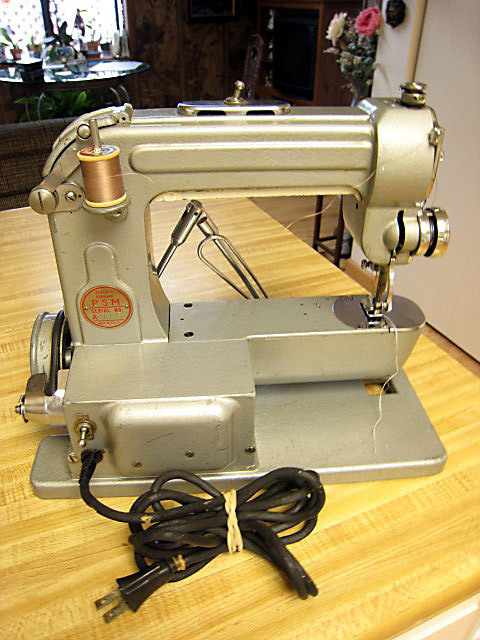 VINTAGE SEWING MACHINE-PORTMAN 1948?