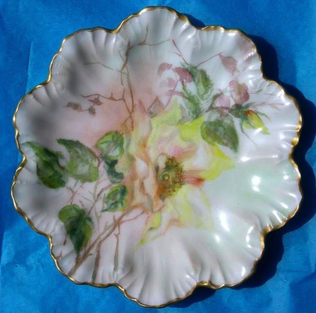 Limoges artist painted signed scallop plate gold trim 1907