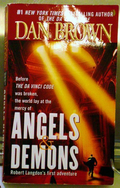 Angels and Demons by Dan Brown PB 2001