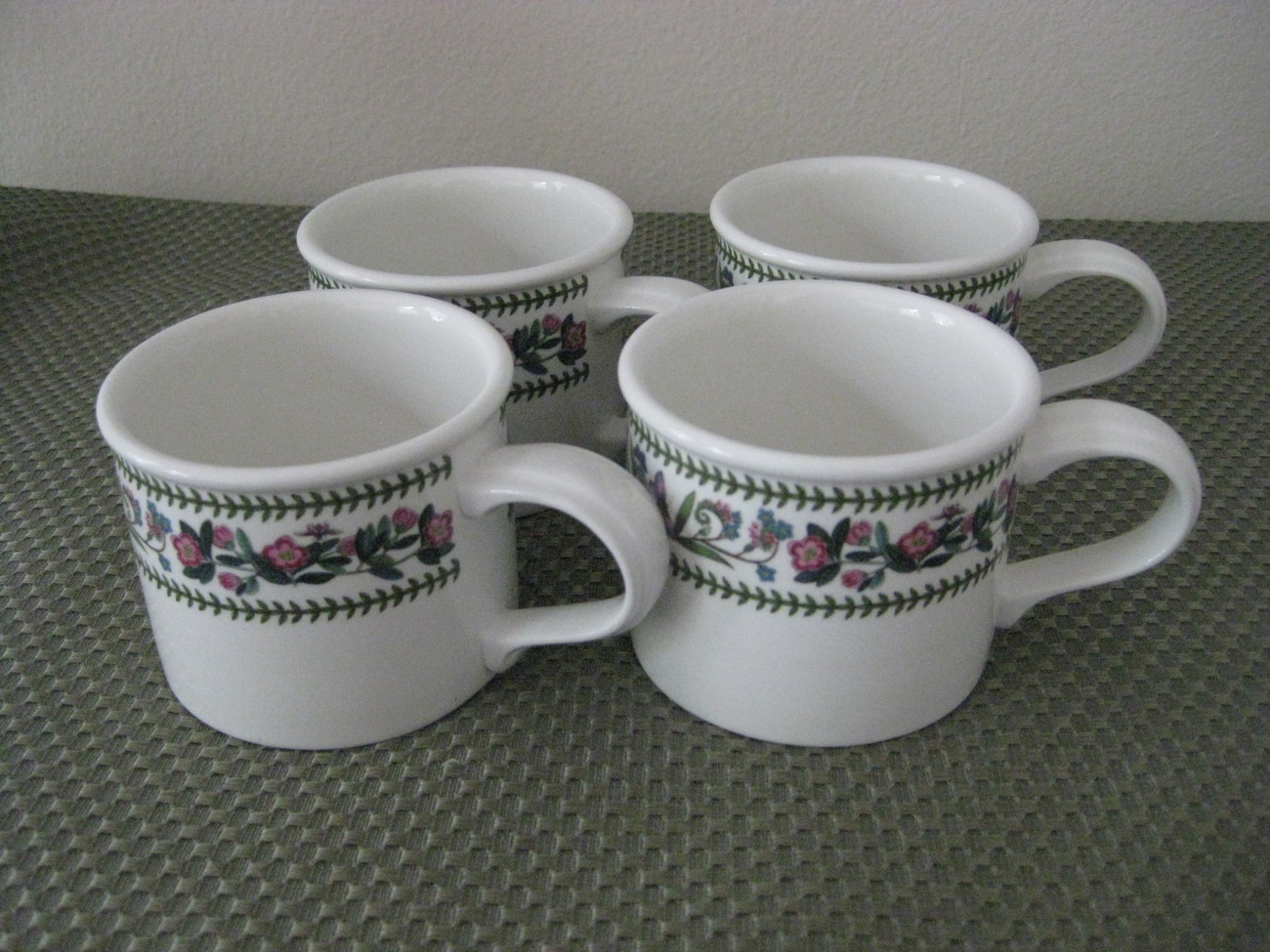 Portmeirion Botanic Garden Variations Set Of 4 Coffee Mugs Euc Portmeirion