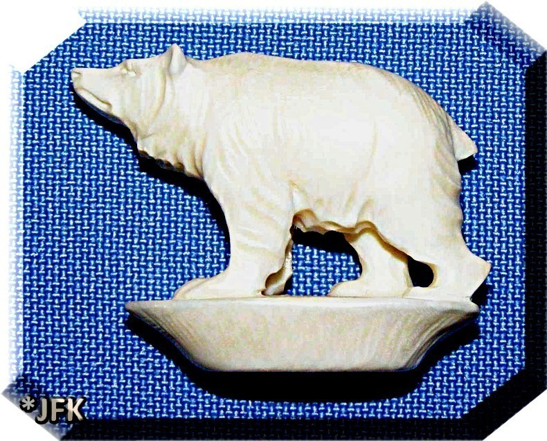 Polar Bear Carved Figurine hand carved Germany 1930 Antique Pre-Ban