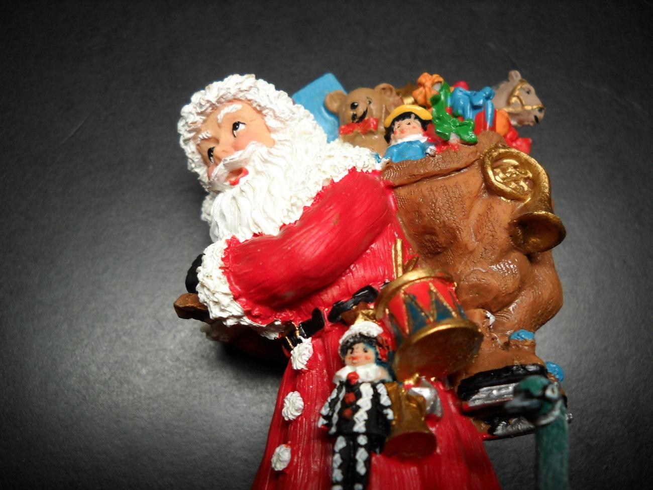 Christmas ornament international santa claus collection