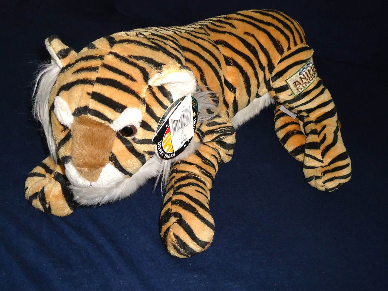 Disney Animal Kingdom Tiger Lying Down Realistic Plush Stuffed Animal Tags Large