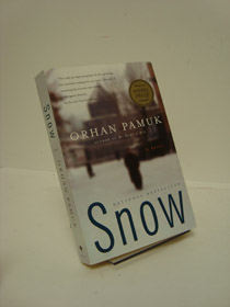 Snow: A Novel, Pamuk, Orhan; Freely, Maureen (Translator)