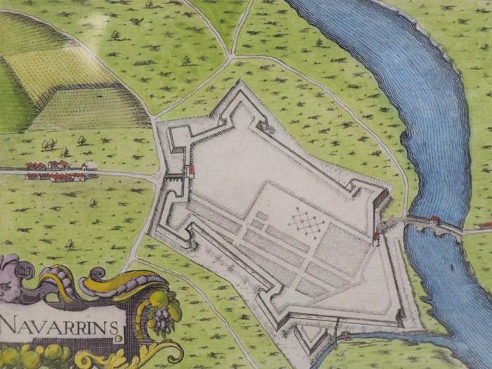 Hand Colored 1636 Print, Map of Navarrins [Navarrenx], from 'Les plans et profils de toutes les principales villes et lieux considerables de France', [Tassin, Nicholas]