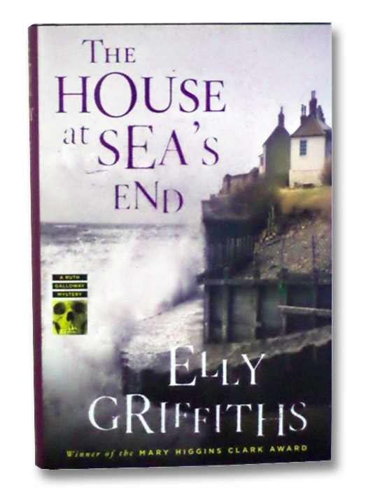 The House at Sea's End (A Ruth Galloway Mystery), Griffiths, Elly
