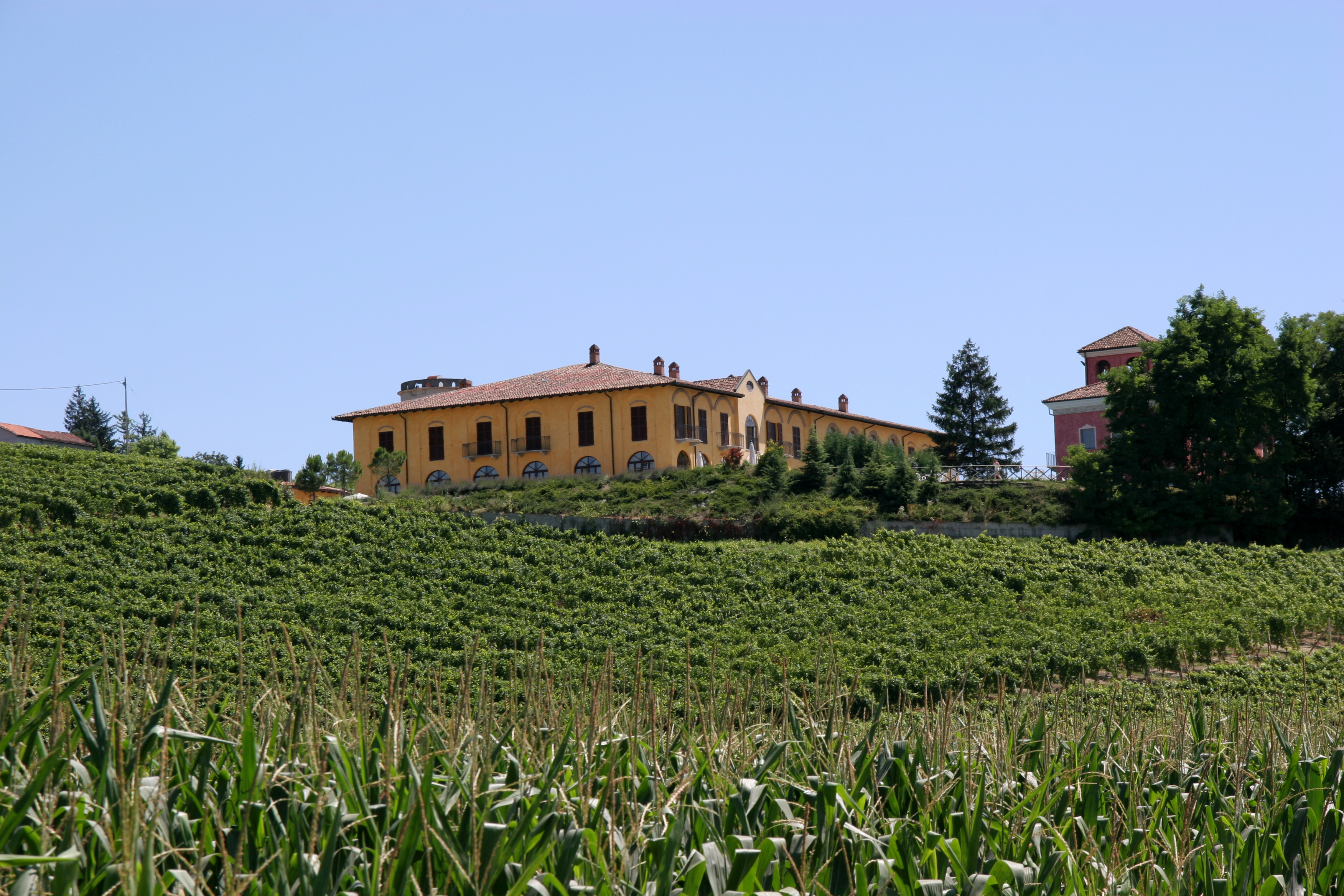 Tenuta la romana monferrato bookingable - Piscina nizza monferrato ...