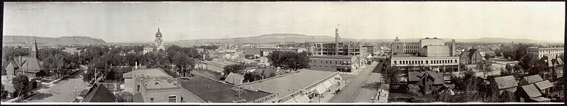 Panoramic View of Billings, MT in 1915, Library of Congress [Public Domain] via Wikimedia Commons