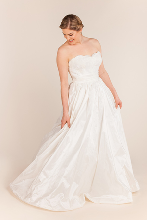 Anne Barge wedding dresses