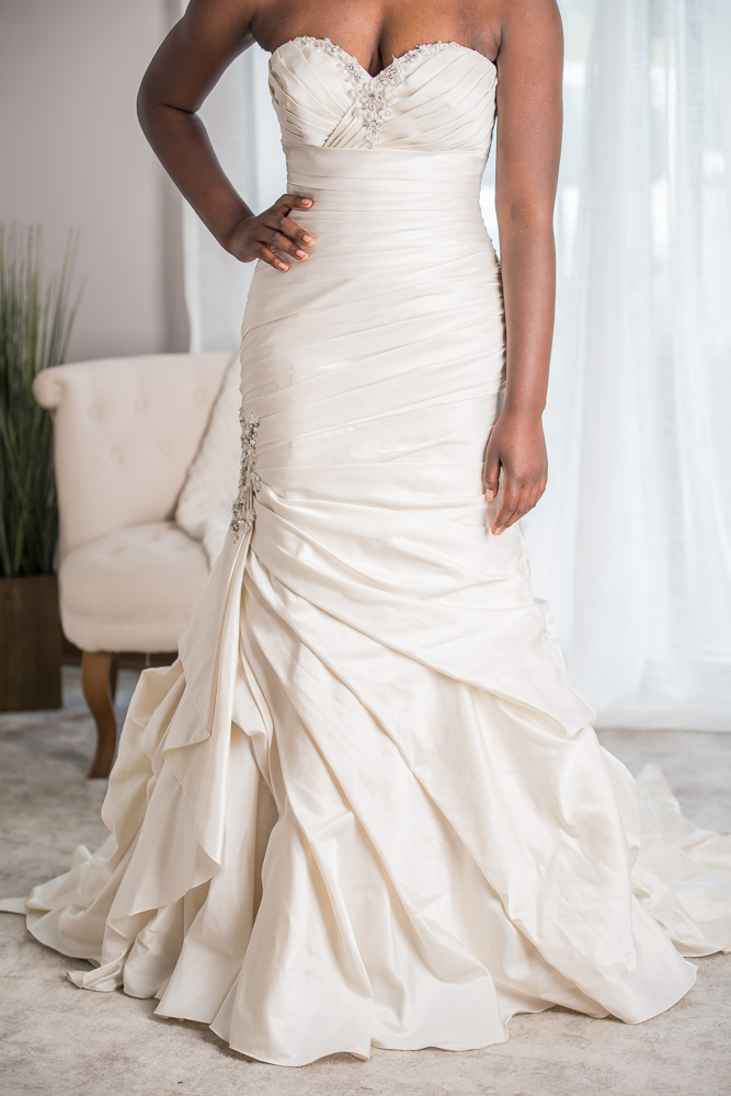 Allure bridals size  - $1325 - (54% OFF)
