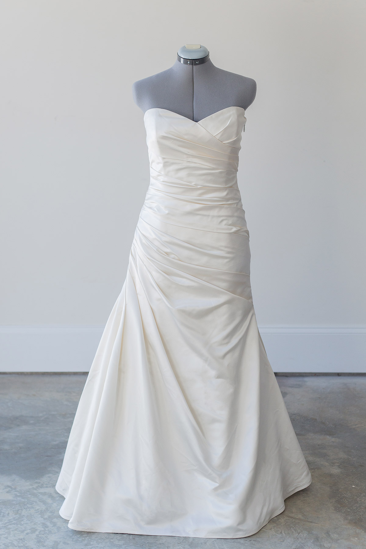 Monique lhuillier size  - $1400 - (51% OFF)