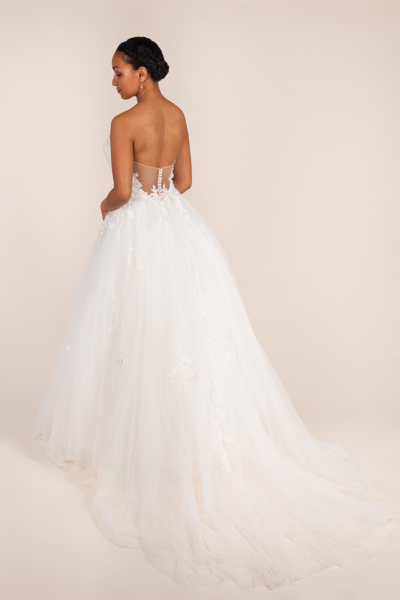 Monique lhuillier - Bliss BL 17106 size  - $2300 - (43% OFF)