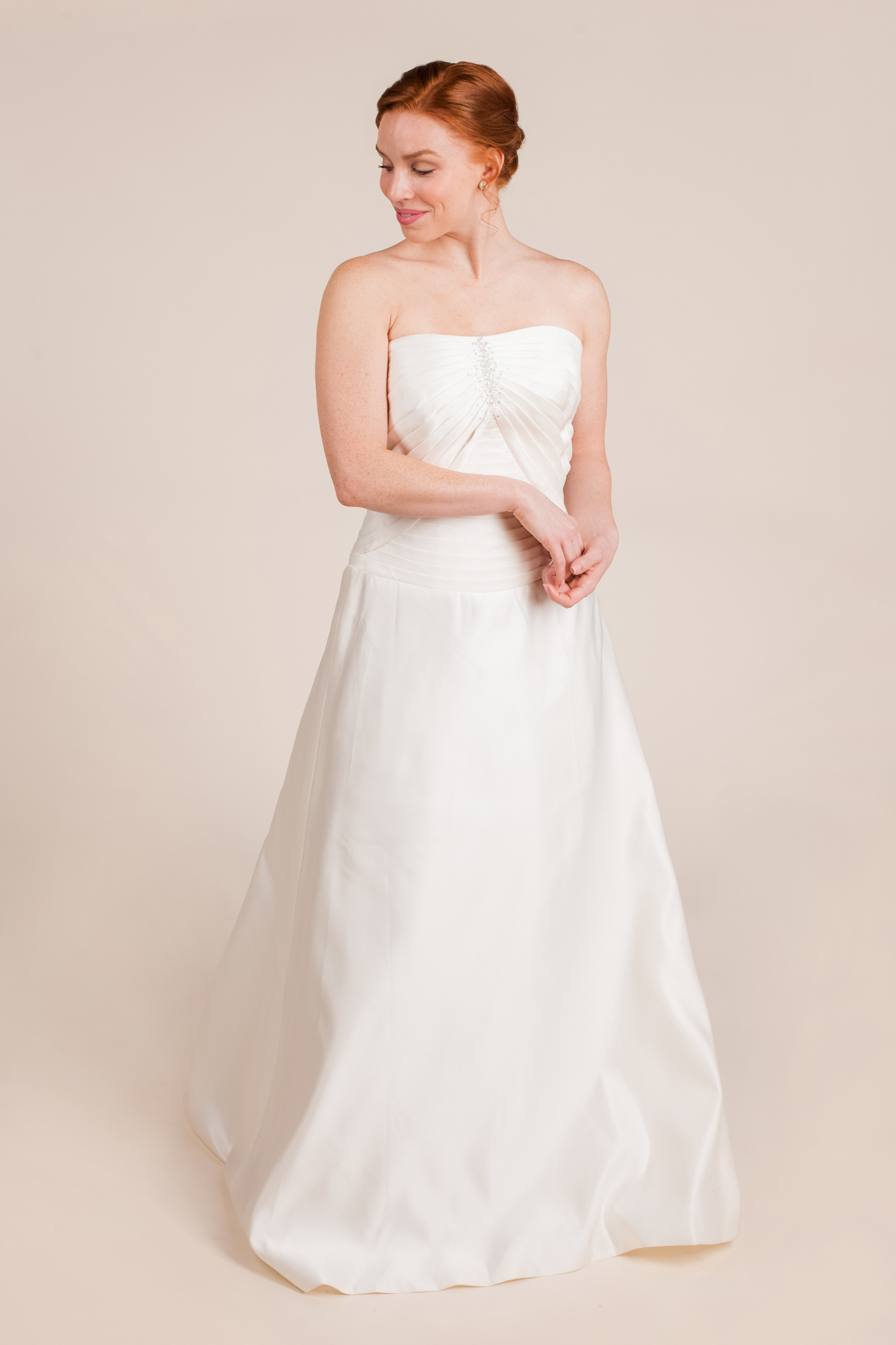 Allure bridals size 0 - $696 - (46% OFF)