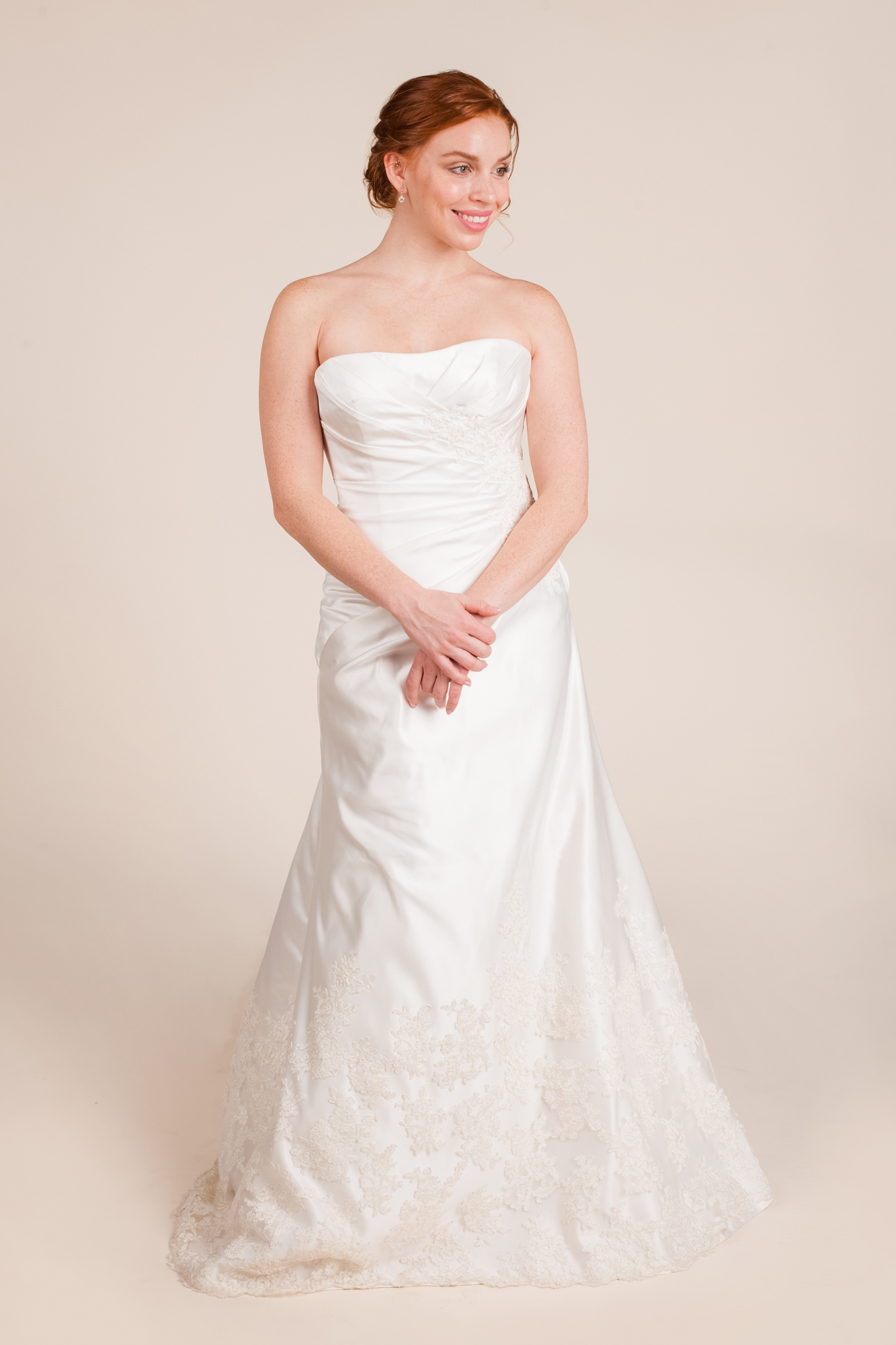Allure bridals size 0 - $690 - (57% OFF)