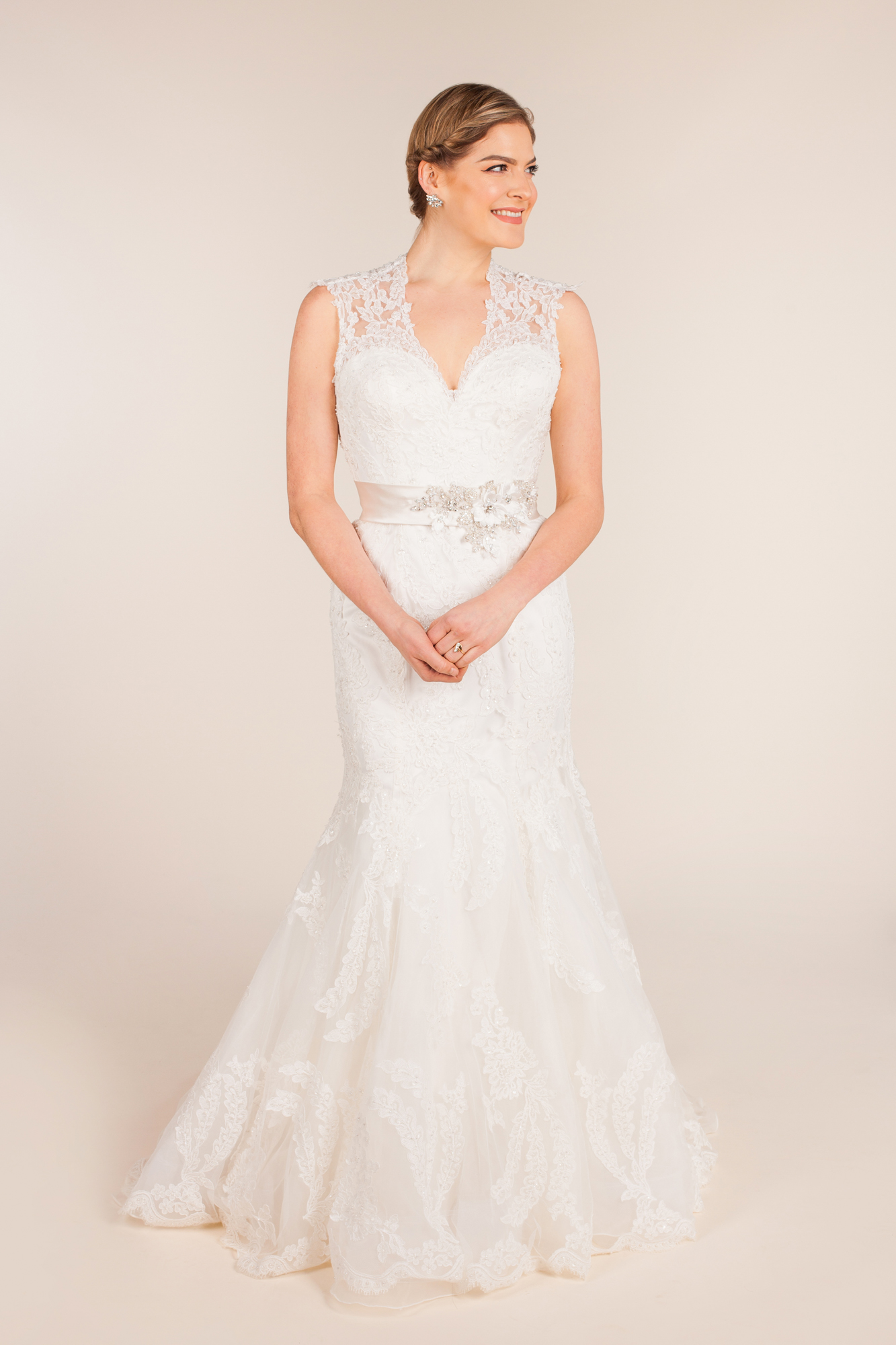 Allure bridals size 10 - $925 - (45% OFF)
