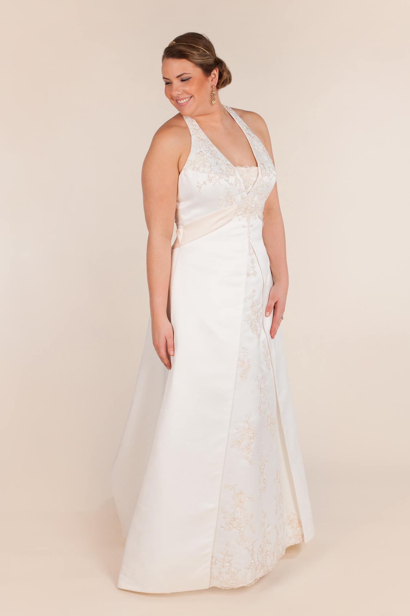 David's bridal size 0 - $720 - (28% OFF)