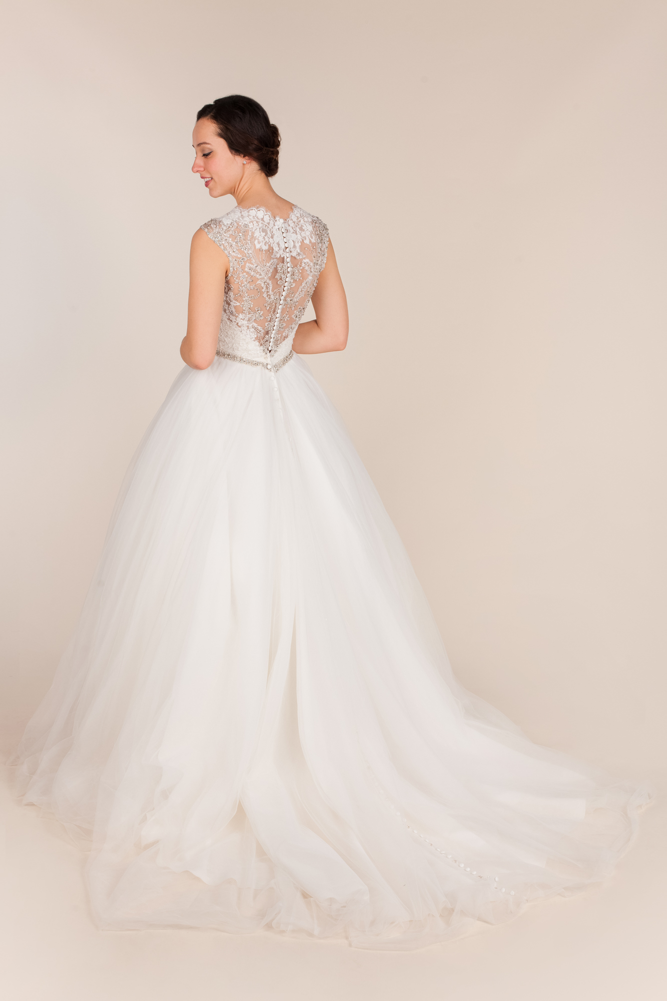 Allure bridals size 6 - $900 - (55% OFF)